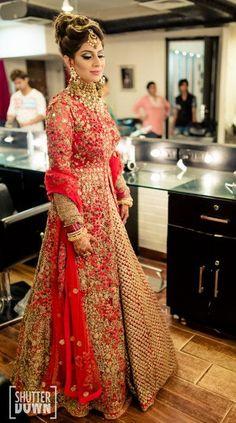 New Indian Bridal Wear Anarkali Fashion Styles Ideas Indian Bridal Wear, Indian Wedding Outfits, Pakistani Bridal, Pakistani Outfits, Bridal Outfits, Bridal Lehenga, Indian Outfits, Bridal Dresses, Red Lehenga