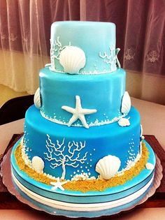 Sea themed blue cake for a wedding in Riviera Maya Mexico