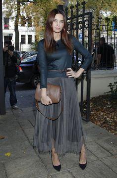 plisowana spódnica chorodyńska - Szukaj w Google Tulle, My Style, Skirts, Outfits, Google, Polish, Fashion, Moda, Skirt