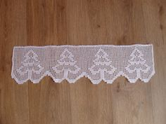 Gardine Valance Curtains, Projects To Try, Rugs, Crocheting, Christmas, Crafts, Decor, Couch Arm Covers, Holiday Crochet