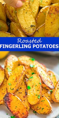 Made with oregano, veggie broth, garlic, and lemon juice, these Roasted Fingerling Potatoes are bursting with flavor! Indian Food Recipes, Healthy Dinner Recipes, Whole Food Recipes, Vegetarian Recipes, Cooking Recipes, Roasted Fingerling Potatoes, Fingerling Potato Recipes, Hasselback Potatoes, Baked Potatoes