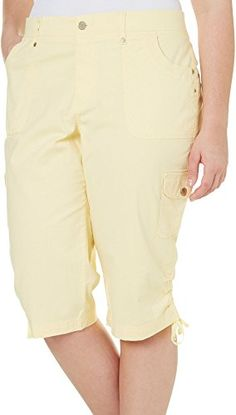 Gloria Vanderbilt Plus Lana Cargo Skimmer Capris 22W Dandelion yellow *** Be sure to check out this awesome product. (Note:Amazon affiliate link) #PantsCapris