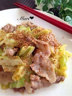 ご飯が進む♡豚バラとキャベツの味噌炒め