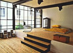 LOVE THIS!! Japanese style sleeping quarters