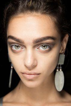 Giorgio Armani Spring 2015 Ready-to-Wear / Make up runway / Beauty / Milan Fashion week / Sonny Vandevelde / Indigitalimages.com