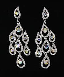 pageant earrings from L&M Bling #lmbling #lmblingearrngs #lmblingcrystalearrings #lmblingstatementearrngs #pageantearrings #crystalpageantearrings #lmblingchandelierearrings #chunkyearrings #pageantjewelry #promjewelry
