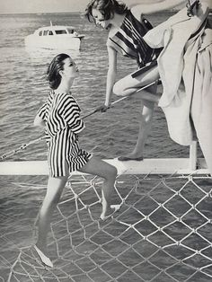 Dorothea McGowan (left) in beach dress by Jane Irwill, and model in striped side-buttoned beach dress by Haymaker. Photo by Karen Radkai for Vogue, at St Croix, Ralph Gibson, Sixties Fashion, Retro Fashion, Vintage Fashion, Vintage Photography, Fashion Photography, Fashion Models, Fashion Outfits, Vogue