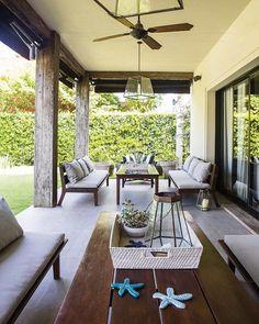 Floriipic (@floriipic) • Fotos y vídeos de Instagram Argentine, Greenery, Home And Family, Building, Outdoor Decor, Home Decor, Porches, Stripes, Outdoors