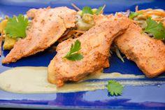 Aujourd'hui une salade fraîche et croquante d'inspiration asiatique que vous allez adorer! Elle est parfaite pour une belle soirée d'été et ravira tous les palais. Je vous propose une cuisson basse température pour le poulet mais vous pouvez opter pour une cuisson classique à feu doux à la poêle si