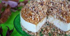 Raw Vegan Apple Crumble Cheesecake