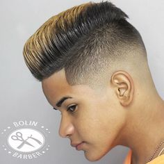 The best men's haircuts and men's hairstyles cut and styled by the best barbers in the world. Get the latest and greatest hairstyles for men! Latest Men Hairstyles, Cool Hairstyles For Men, Undercut Hairstyles, Hairstyles Haircuts, Teen Haircuts, Cool Haircuts, Haircut Designs For Men, Medium Hair Styles, Curly Hair Styles
