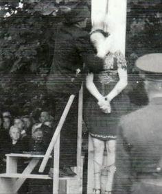 snapshot while she gets hanged. nice