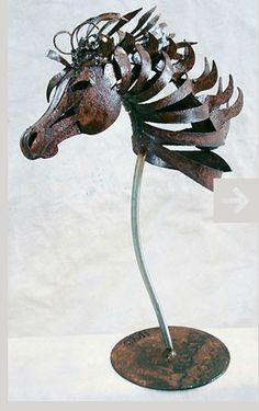 Amazing animal sculpture from http://www.doughaysart.com