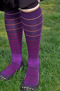 Gorgeous purple compression socks from Sockwell via Sock Dreams