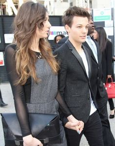 They are one good looking couple. - i want a relationship like there's. ha, not gonna happen.
