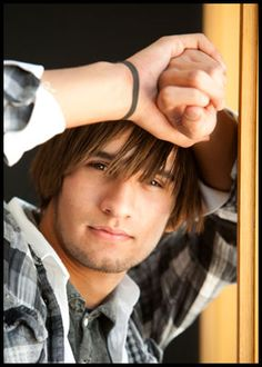 senior pics- what ever happened to simple ones like??