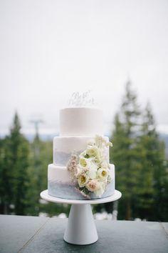 Beautiful lake inspired wedding cake: Photography: Gagewood - gagewoodphoto.com   Read More on SMP: http://www.stylemepretty.com/california-weddings/2016/07/14//