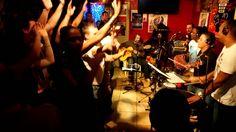 bal do brazil  by PAGODE DO BRAZIL en BRAZIL TIME Casa Latina Bordeaux 2... BRAZIL TIME à la CASA LATINA ( bordeaux)  21H00 BAL BRESILIEN !!!!!! minuit TAÏNOS TIME !!!!!!  CASA LATINA devient pour la soirée CASA DO BRAZIL ! avec les musiciens du groupe PAGODE DO JAMBO ! La voix et la danse sont à l'honneur comme dans la plupart des musiques brésiliennes. !  PAGODE DO JAMBO, c'est 5,6 musiciens passionnés par leur pays et leurs traditions !!
