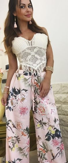 #summer #fashion Tropical print pants White knitted top with fringe