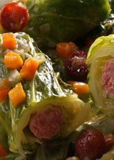 Salsichas Enroladas em Lombarda