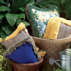 Adorn outdoor pillows with performance brush fringe by Brimar. #brimar  #trim