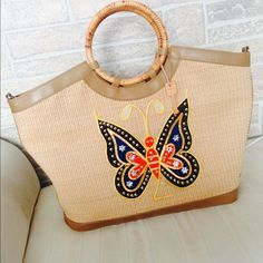 Fossil bag Used but in excellent condition. Medium size with butterfly print. Very stunning!! Fossil Bags Satchels