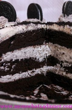 to ] Great to own a Ray-Ban sunglasses as summer gift.Oreo Cake Recipe This looks yummy! Oreo Cake Recipes, Easy Cake Recipes, Sweet Recipes, Baking Recipes, Just Desserts, Delicious Desserts, Yummy Food, Yummy Yogurt, Brunch