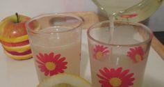 Limonada – un suc de lamaie racoritor si sanatos   FoodGeek - Retete Culinare Glass Of Milk, Pudding, Drinks, Desserts, Food, Drinking, Tailgate Desserts, Beverages, Deserts
