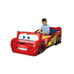 Disney Cars Bliksem McQueen peuterbed  Kleine coureurs zullen heerlijk slapen en dromen van spannende autoraces in dit geweldige Cars peuterbed.  EUR 207.99  Meer informatie