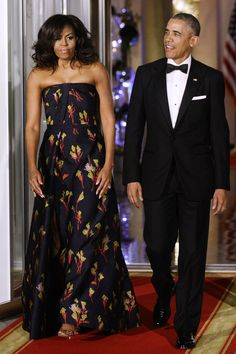 President Obama & First Lady Michelle Obama (Dress Fall 2016 Jason Wu) March 2016 State Dinner Prime Minister Trudeau of Canada Michelle Obama Photos, Michelle E Barack Obama, Barack Obama Family, Michelle Obama Fashion, Jason Wu, First Ladies, Presidente Obama, Dinner Gowns, Floor Length Gown