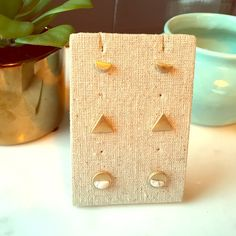 MARBLE GOLD STUD SET I don't think there is anything more glam or on trend right now! These gold and faux marble studs will change a jeans and tee into an instant trendy, glam outfit! This set is so versatile! **No Trades** Jewelry Earrings