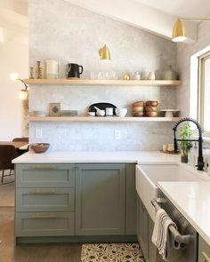 Sage Green Kitchen, Green Kitchen Cabinets, Upper Cabinets, Kitchen Cabinet Paint Colors, Painted Kitchen Cabinets, Home Decor Kitchen, Kitchen Interior, Design Kitchen, Kitchen Design Gallery