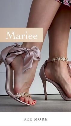 Sexy Legs And Heels, Sexy High Heels, Gold Evening Shoes, Best Shoes Online, Talons Sexy, Formal Heels, Pantyhose Heels, Bridal Heels, Stunning Summer