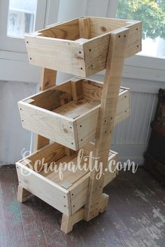 Potato Bin Made from One Pallet the Sideview
