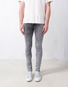 :SKINNY FIT JEANS