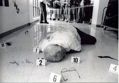 Setting up a crime scene for inferring. Teaching 6th Grade, 7th Grade Science, Teaching Plan, Middle School Science, Elementary Science, Science Classroom, Teaching Science, Science For Kids, Gifted Education