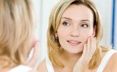 Dez dicas de ouro para você cuidar e manter sua pele firme. Descubra como melhorar o viço e a elasticidade da pele, produtos e tratamentos de beleza.