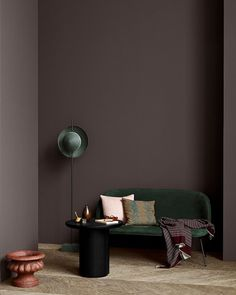 The Scandinavian company Jotun Lady predicts the interior colour trends of 2020 with 12 new colours Best Interior, Interior Paint, Home Interior Design, Interior Styling, Interior Wall Colors, Purple Interior, Interior Shop, Classic Interior, Luxury Interior