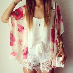 Gorgeous floral cardigan and white lace shorts. I love it.
