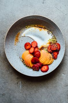 Gingered Strawberries ● Tending the Table Chefs, Gourmet Recipes, Healthy Recipes, Healthy Snacks, Food Plating Techniques, Breakfast And Brunch, Creative Food, Food Presentation, Food Design