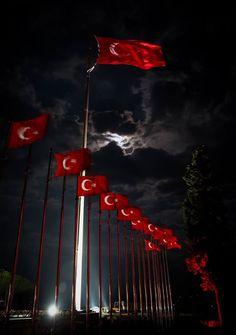 Gelibolu, Çanakkale Wonderful Places, Beautiful Places, Gallipoli Campaign, Republic Of Turkey, Turkish Army, Istanbul City, Flag Art, Going On Holiday, Turkey Travel