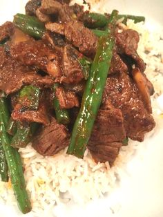 Stir fried beef and green bean curry.