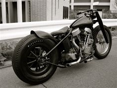 Panhead | Bobber Inspiration - Bobbers and Custom Motorcycles | theroadyeah November 2014