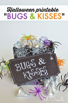 "Halloween Printable Tags ""Bugs & Kisses"" by U Create.Dollar tree spiders & bugs with chocolate kisses - Door prizes! Halloween Goodies, Holidays Halloween, Halloween Treats, Diy Halloween, Happy Halloween, Halloween Decorations, Halloween Printable, Halloween College, Halloween Favors"