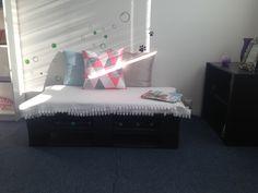 Pallet sofa #easy #pallet #m