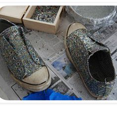 Make your own glitter shoes