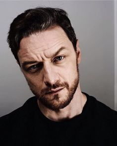 James McAvoy I love to see men's true facial detail, like McAvoy here, SoOo Masculine! <3