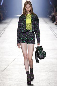 Versace   Коллекции   Милан   Versace   VOGUE