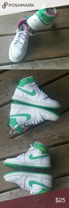 11c girls high top jordans These girls high top Jordans or an excellent condition almost like new sizes 11c manufactured in 2015 shoelaces are good souls are good tread on the bottom is good no notable damage period colors are white green and pink the Jumpman is a lime green color Jordan Shoes Sneakers