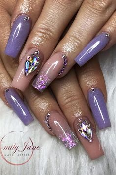 Natural acrylic rhinestone coffin nails design you cannot miss - Abby FASHION STYLE Coffin Nails Ombre, Bling Acrylic Nails, Bling Nails, Short Square Nails, Nails Short, Square Nail Designs, Short Nail Designs, Coffin Nails Designs Summer, Acrylic Nail Designs